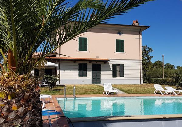 Tn Villa Le Sughere Esterno1