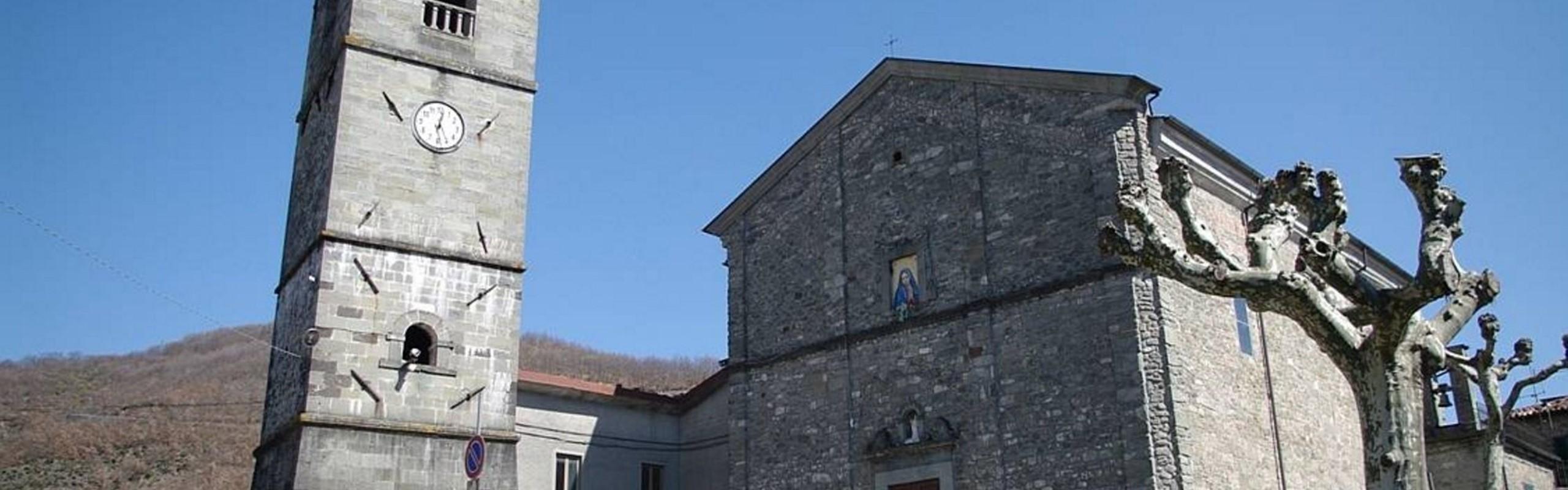 Tn Piazza Al Serchio San Pietro